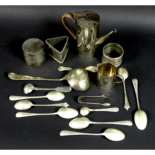 39 - A collection of silver and silver plate, comprising a selection of silver tea spoons, various makers...