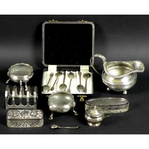 66 - A group of silver, Georgian and later, comprising a pair of George II three legged cauldron salts, D...