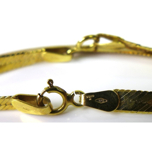 124 - An Italian 9ct gold snake chain necklace and bracelet set, 10.2g total. (2)...