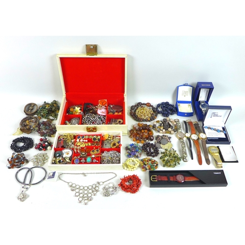 138 - A quantity of costume jewellery, including bead necklaces, cultured pearl jewellery, and various ear...