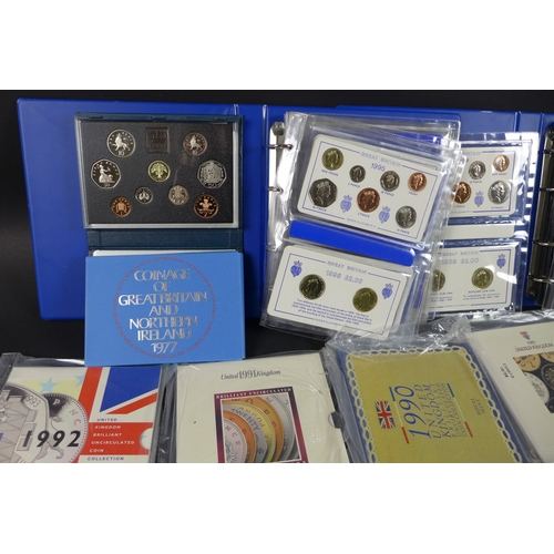 82 - A collection of William IV, Victoria, George V and George VI silver coins, including crowns, half cr...