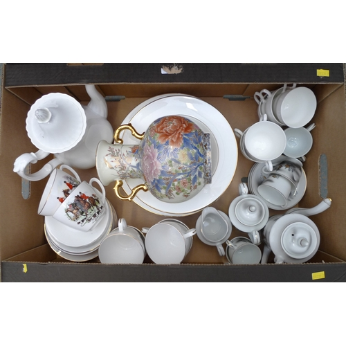 113 - A collection of miscellaneous items including a dinner service decorated with hunting scenes, a late...