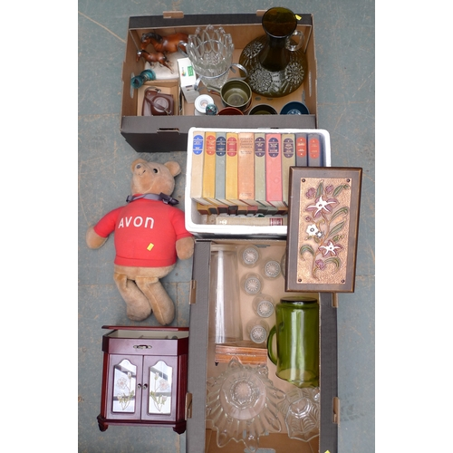202 - A collection of items including a vintage Bush radio with bakelite case, a bag of coins, two boxes o...