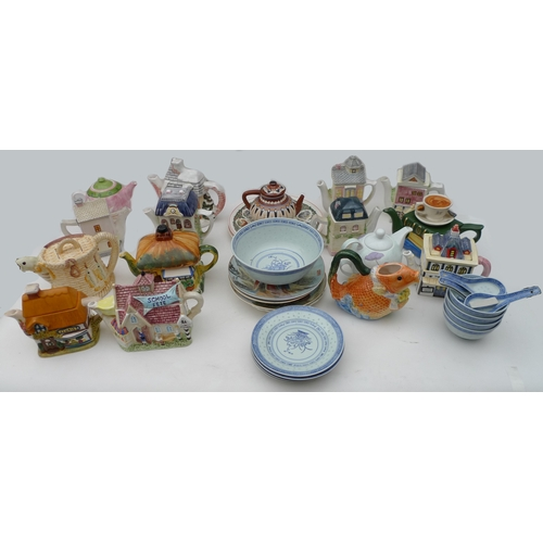 206 - A group of ceramics including sixteen novelty teapots, together with a selection of Chinese dishes a...