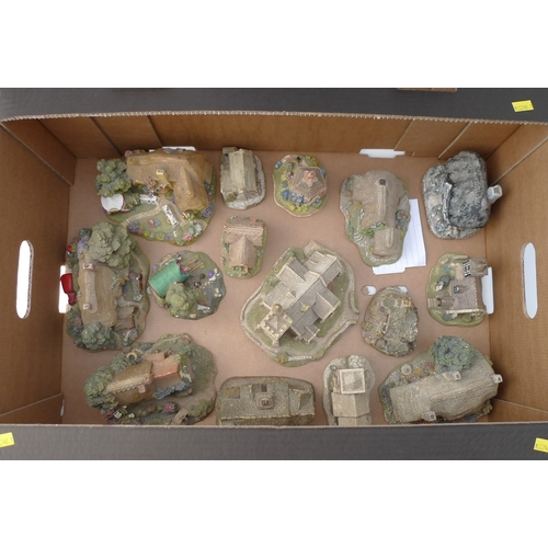 216 - A group of fourteen Lilliput Lane figurines, including 'To Have and To Hold', 'Traveller's Rest', 'P...