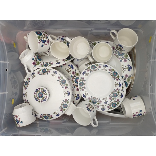 484 - A large 1970's dinner service, 18 person set....