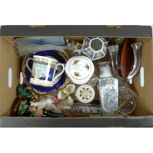 525 - A mixed group of china and glassware, including a Royal Worcester 'The Millennium' loving cup, a Roy...