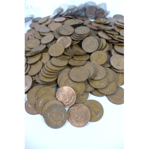 41 - A large collection of coins, including some 19th century and later British, well circulated, mostly ...