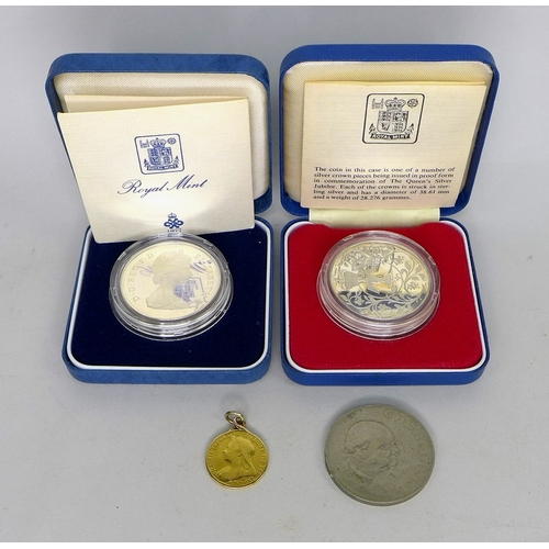 55 - A group of coins, comprising a Victoria old head gold sovereign, 1901, in pendant setting, 8.2g, a s...
