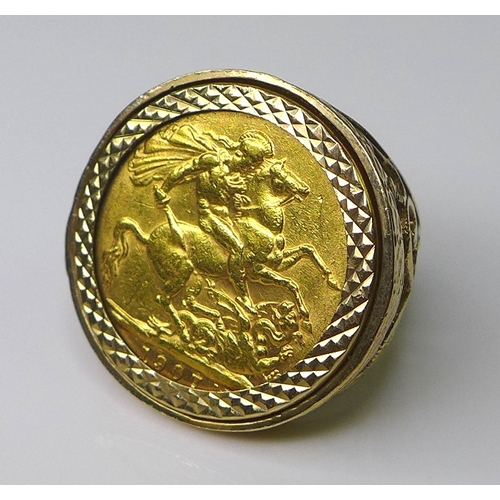 59 - An Edward VII gold sovereign, 1907, in a 9ct gold ring setting, size M, 13.8g total....