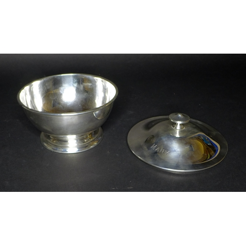 36 - A George V silver circular lidded bowl, with 'MARY' engraved upon its lid, raised upon a circular ba...