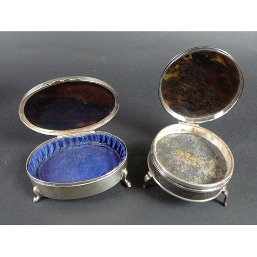 44 - A group of Victorian and later silver and tortoise shell dressing table items, including a silver li...