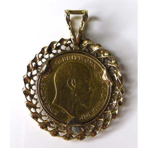 109 - An Edward VII gold half sovereign, 1908, in 9ct gold pendant mount, 6.7g.