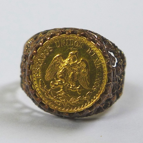 159 - A 1945 Dos Pesos coin set in a 9ct gold ring, size Q/R, 4.7g....