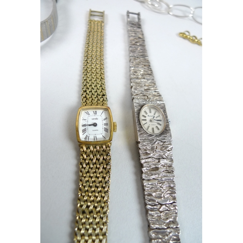 192 - A collection of silver jewellery and wristwatches, including watches by Seiko and Accurist, and a se...