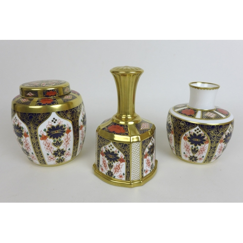 6 - A group of Royal Crown Derby wares,  comprising twenty-eight piece of 1128 pattern tea wares, six cu...