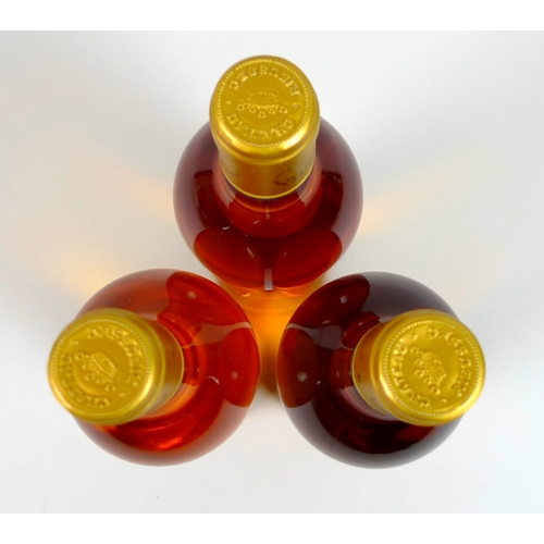 200 - Vintage Wine: three bottles of Chateau Rieussec, 1997, Sauternes, Grand Cru, U: mid neck. (3)...
