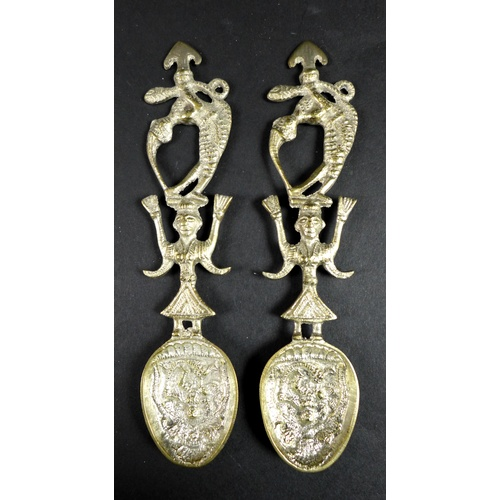 38 - A group of silver items including a pair of Mexican silver mounted pepperettes of octagonal form, ma...
