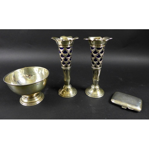 33 - A group of silver, comprising a silver bowl raised upon a circular foot, 12 by 8.5cm high, Pinder Br...