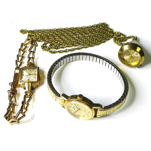 108 - A 9ct gold cased Majex lady's wristwatch, 17 jewels movement, on a 9ct gold bracelet strap with safe...