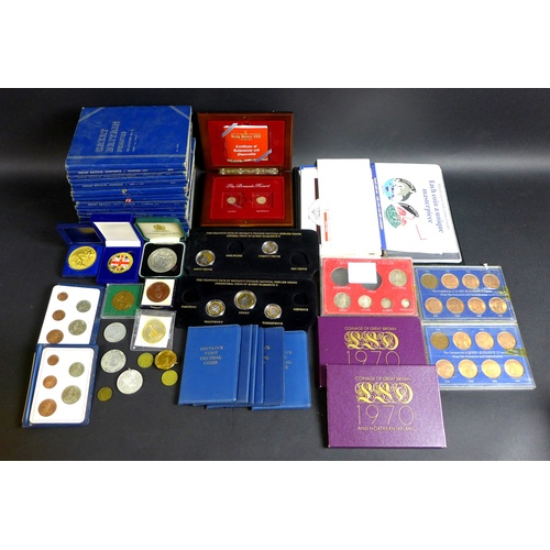 91 - A collection of mostly GB coin and tokens, including completed sets of 'Great Britain-Sixpence', 'Gr...