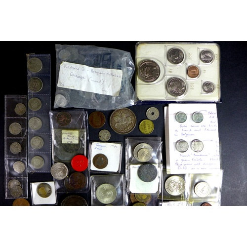 89 - A collection of British and World coins, including five medieval silver hammered coins, a George VI ...