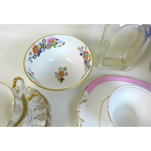 36 - A group of vintage ceramics and glassware, including an eighteen piece Coronet tea set, a twenty-one...
