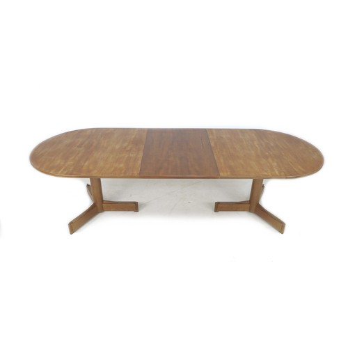 189 - A British teak extending dining table, Robert Heritage for Archie Shine, circa 1960, with D ends, dr...