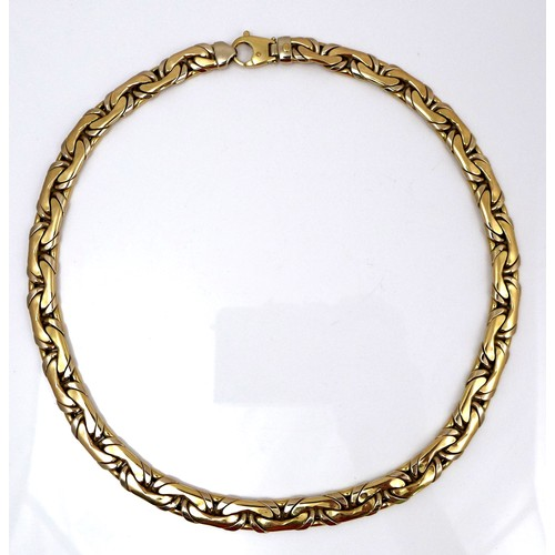 259 - An 18k gold Italian fancy link necklace, clasp to one end, maker 'La.or.', marked 750, 0.9 by 0.4 by...