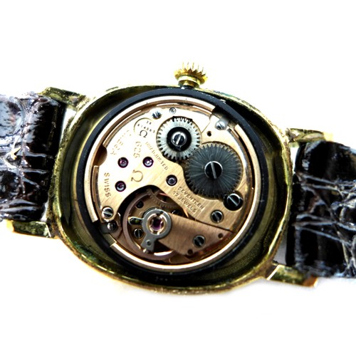219 - A vintage Omega De Ville steel and gold plated lady's wristwatch, circa 1975, ref. 511.0743, the ova...