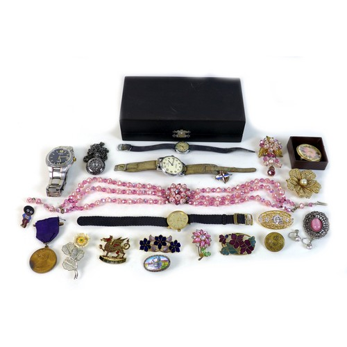 197 - A collection of wristwatches and costume jewellery, including a Continental, a Pulsar Kinetic and la...
