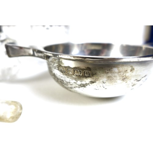 83 - A group of silver items, including a quaiche, Elkington and Co, Birmingham 1911, 3.27toz, 14 by 9.5 ...