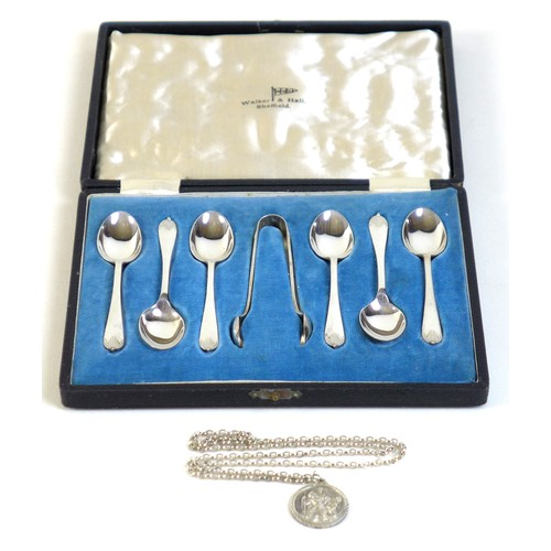 17 - A set of six George VI silver teaspoons and matching sugar tongs, Walker and Hall, Sheffield 1944, i...