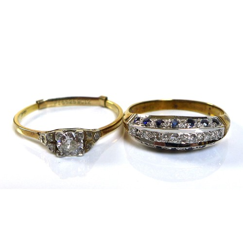 353 - An 18ct gold and diamond solitaire ring, the central diamond of approximately 0.3ct, approximately 4...