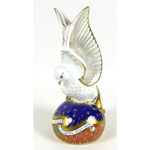 47 - A Royal Crown Derby paperweight, modelled as 'Spirit of Peace' Dove, limited edition 111/150 exclusi...