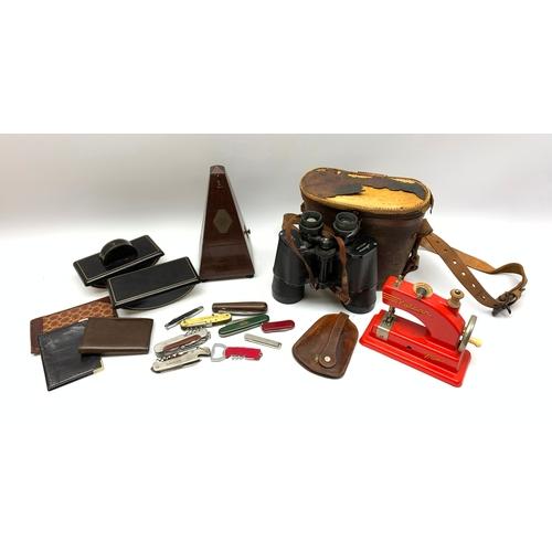 527 - Metronome, vintage 'Aurora' binoculars, various pocket knives etc, in one box