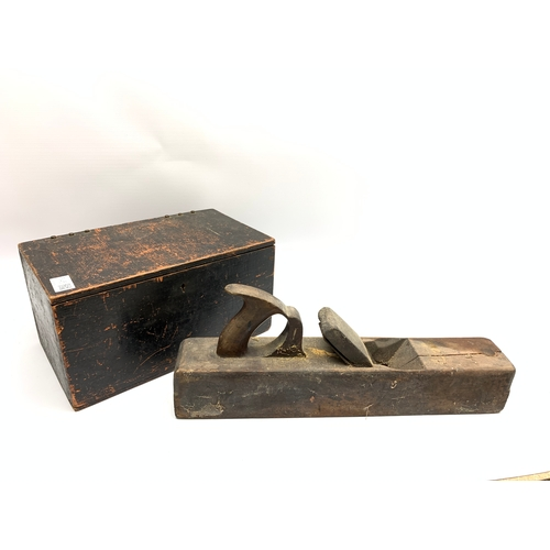 545 - Antique wooden plane tool, together with a box