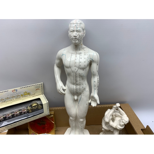 616 - Box of various items including large anatomy sculpture, chalk sculpture, various plates, frames pict...