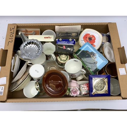 618 - Box containing various commemorative plates and coins, as well as some spoons and similar items