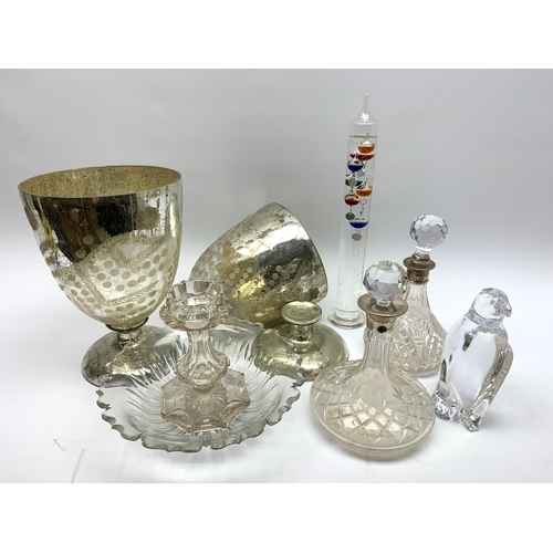 625 - Group of glassware, to include decanter body with silver mounted collar hallmarked for Birmingham, p...