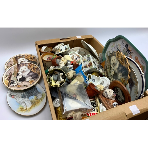 641 - Group of assorted dog related items, mostly Old English Sheepdog related, to include plates, small f...