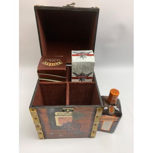 678 - Smirnoff vodka 70cl, 37.55 vol, boxed, Baileys Irish Cream liquored, 700ml, 17% vol, boxed, and a bo...