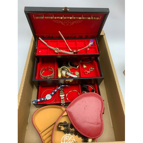 702 - Costume jewellery including rings, watches, etc., in one box