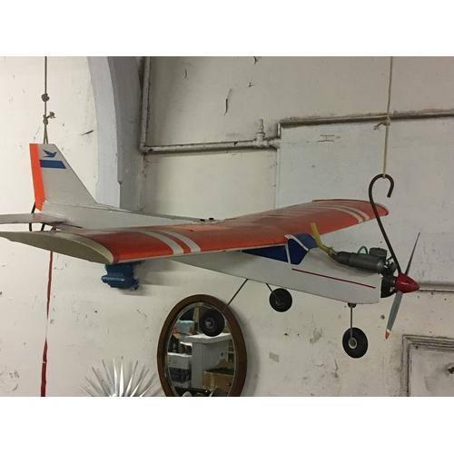 33a - remote controlled petrol aeroplane...