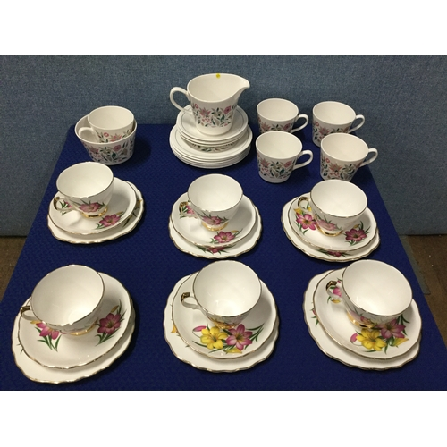 24 - 2 Vintage part tea sets...