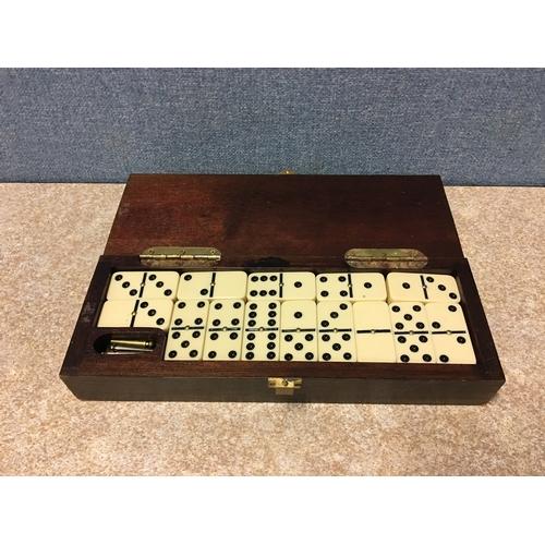 57 - set of vintage dominoes...