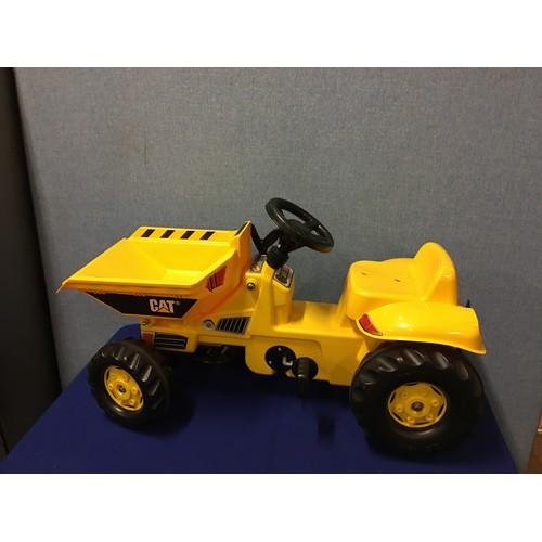 54 - Kids Ride along Catapillar tractor....