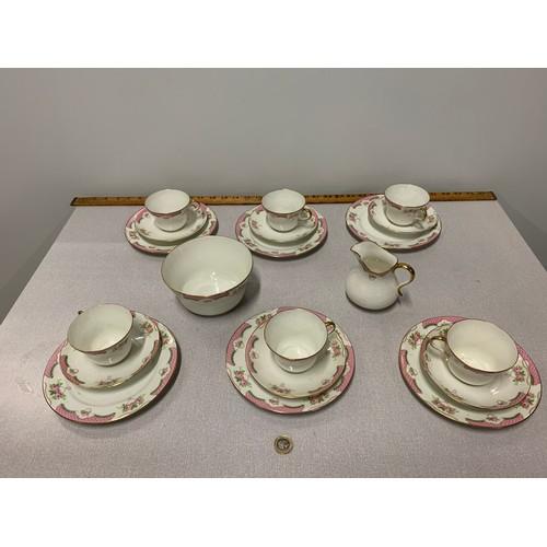89 - 20 piece Paragon tea set....