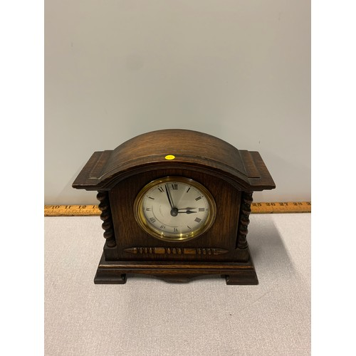 173 - Wooden arts and crafts style mantle clock....