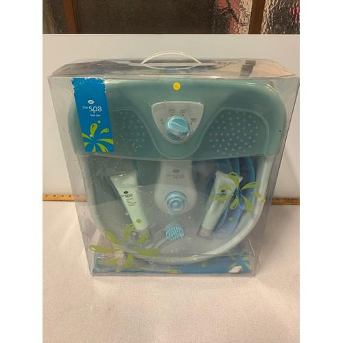 528 - New boxed foot spa set....